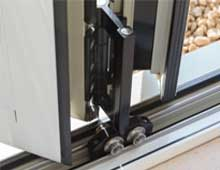Bi-fold doors smooth railings